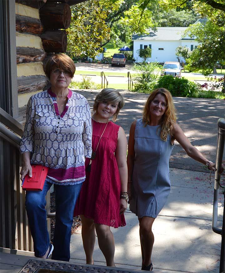 Hannah Boatwright, Aleshia Radcliffe and Margarette Patrick - I Design Business Link